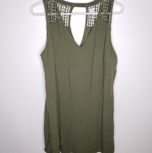 Womens Old Navy Green V-Neck Dress.